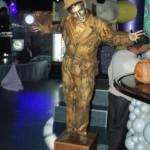 Живая статуя скрытый Вампир