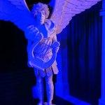 Живые статуи в клубе Спэйс
