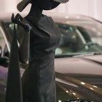 Живая статуя Дама в черном