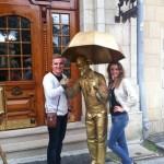 Золотая живая статуя на встречи гостей